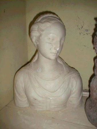 Renaissance woman with braids
