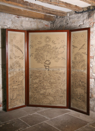 Three-fold embroidered screen