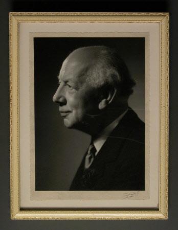 Edward Langton Iliffe, 2nd Baron Iliffe of Yattendon (1908-1996)