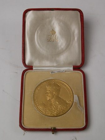 Coronation medal of King George V and Queen Mary