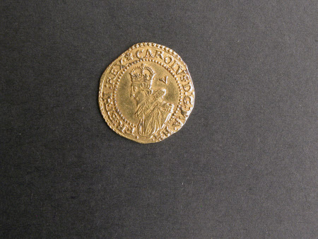 Crown gold coin, from the reign of King Charles I (1600-1649)