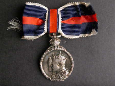 Medal to commemorate the coronation of King Edward VII (1841–1910) and Queen Alexandra (1844-1925)