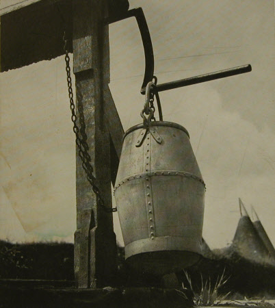 Well-head and bucket, Sissinghurst, Kent