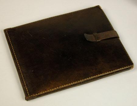 Leather case with photograph of Luisa Felicita Vertova, Mrs Lionel Benedict Nicolson and her ...