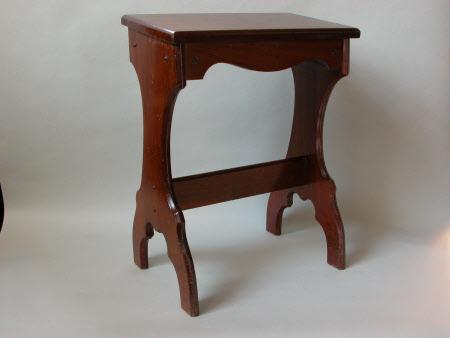 Harmonium stool