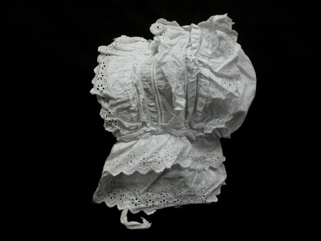 Lady's bonnet