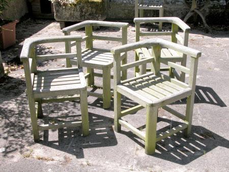 Nesting garden chair