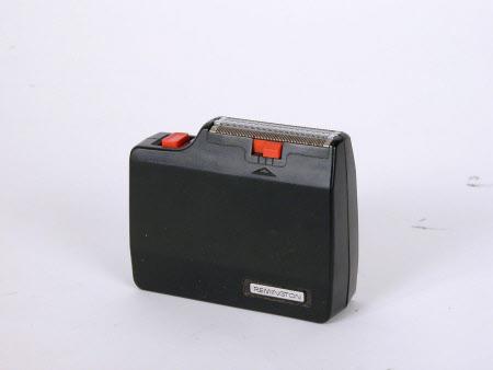 Battery shaver
