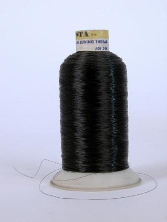 Thread reel
