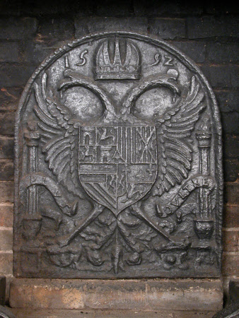 Fireback with Royal Coat-of-arms of Spain dated 1592