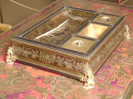 Sanding box