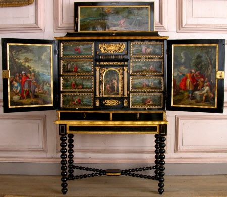 The Sudbury Cabinet