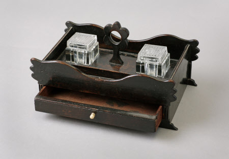 Ink stand