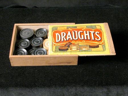 Draughts box