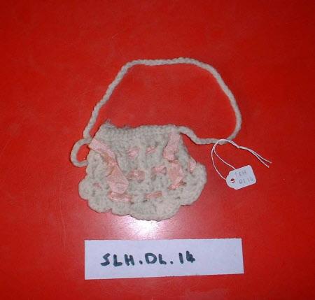 Doll's purse
