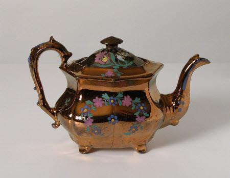 Teapot lid