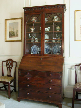 Mahogany bureau cabinet