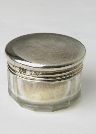 Powder jar