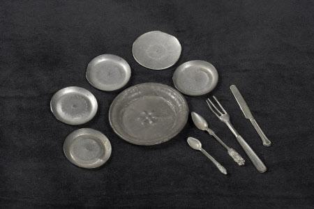 Dolls' house cutlery set