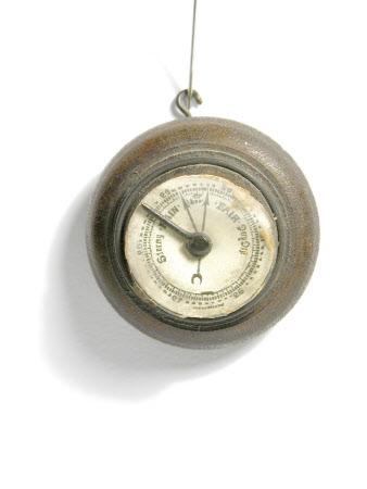 Miniature barometer