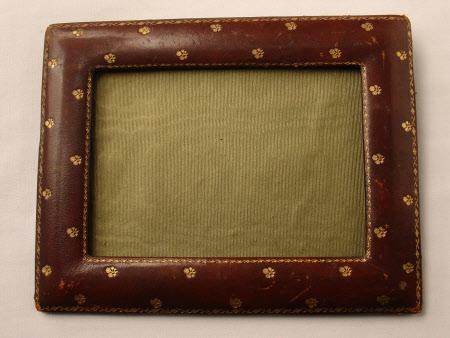 Photograph frame