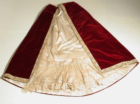Ceremonial dress overskirt