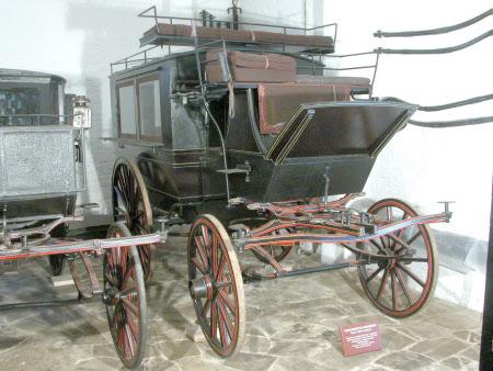 Wagonette omnibus