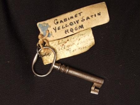 Cabinet key