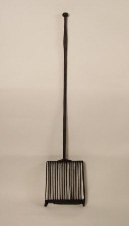 Baker's shovel