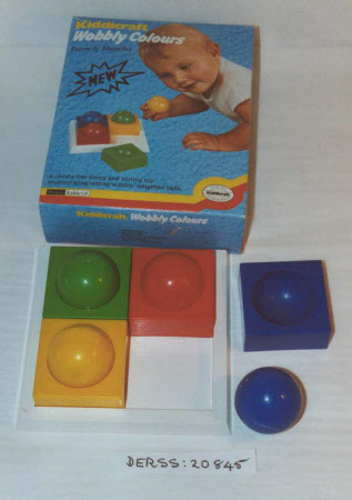Shape recognition toy