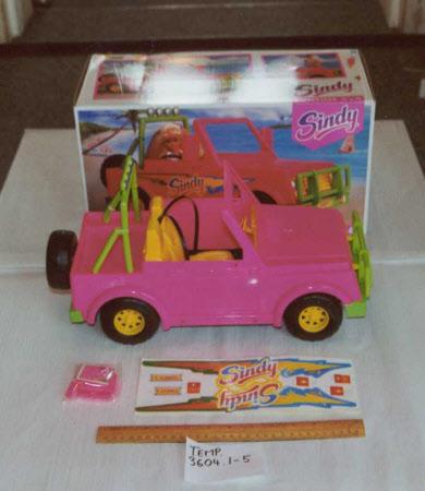 Doll's car