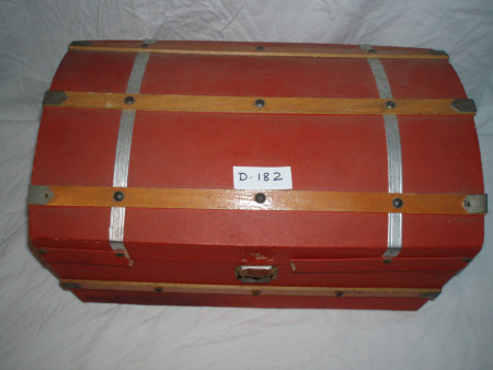 Doll's trunk