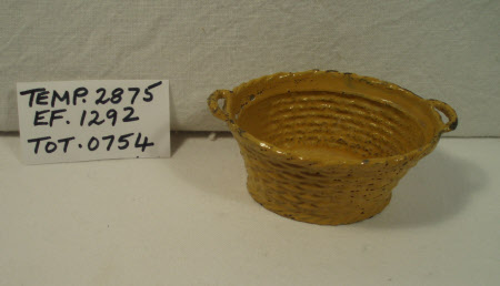 Doll's house basket