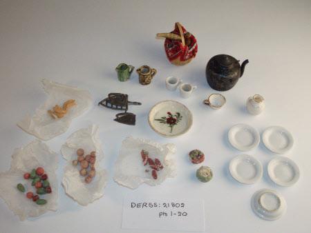 Doll's house dish