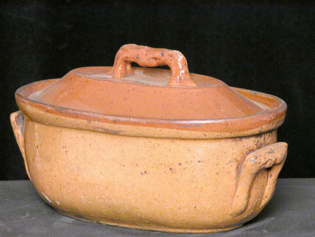 Oval Casserole with lid