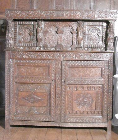 Press cupboard