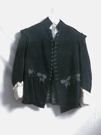 Fancy dress suit