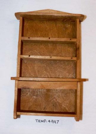 Doll's house dresser