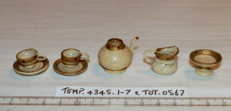 Doll's house tea service