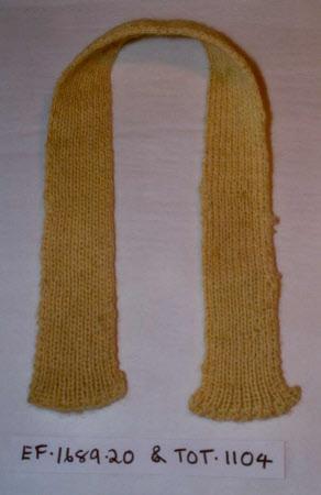 Doll's scarf