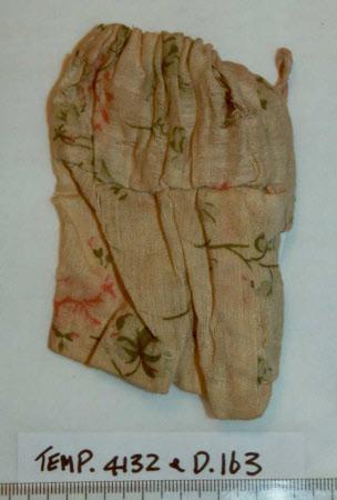 Doll's skirt