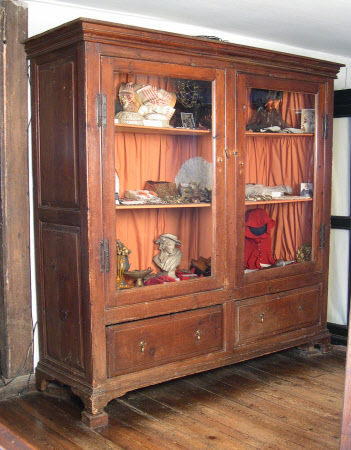 The Head-dress cabinet