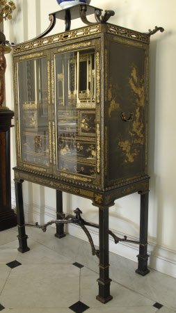 Cabinet on stand