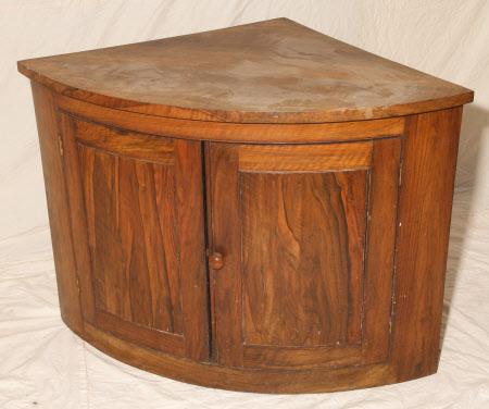 Corner cupboard base