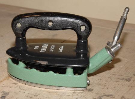 Steam iron