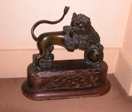Lion with Medallion