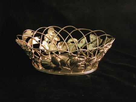 Dessert basket
