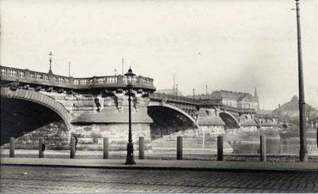 Queen Carola Bridge, Dresden