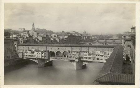 The Ponte Vecchio, surmounted by the Vasari Corridor, Florence