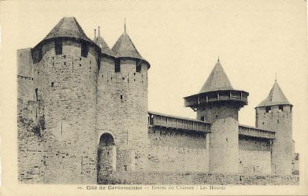 """""""Cite de Carcassone Entree du Chateau - Les Hourds"""""""